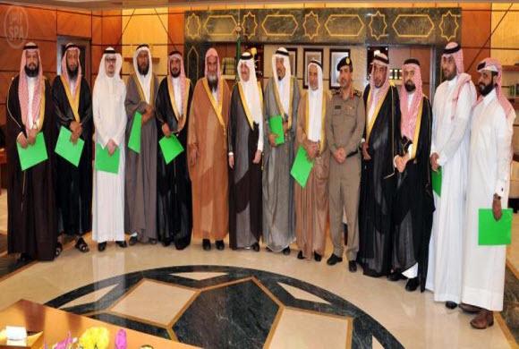 الأمير سعود بن نايف يستقبل رئيس وأعضاء لجنة تواصي