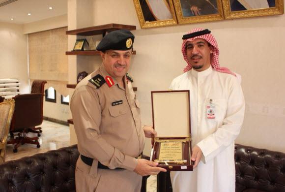 تكريم الجهات المشاركة في احتفال أسبوع السلامة الخليجي
