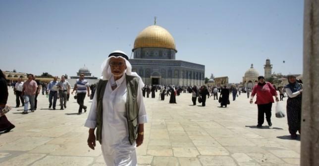 أستاذ قانون موريتاني : المملكة رائدة في دعم القضية الفلسطينية والأمة الإسلامية