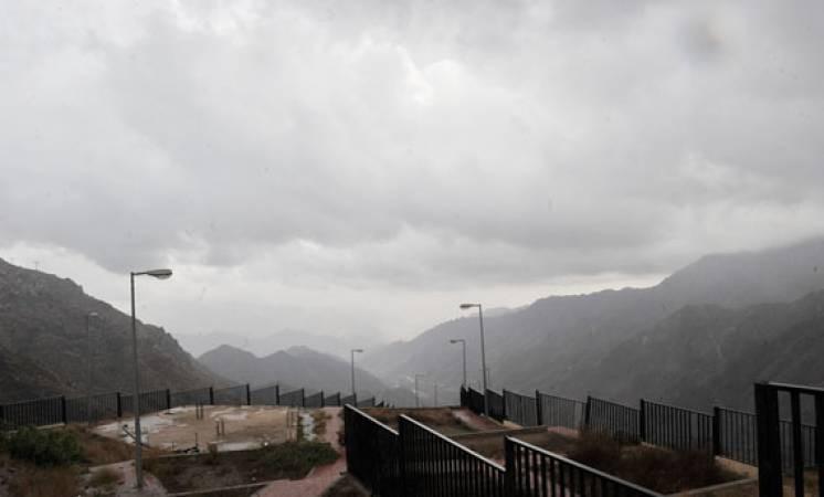 أمطار على الرياض والقصيم  وحائل وحفر الباطن وتشمل مرتفعات عسير وجازان