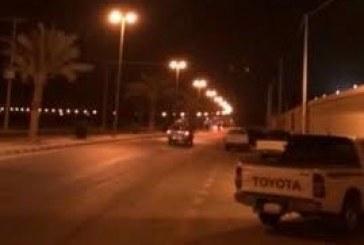 بالفيديو.. رجل مرور يوثق إطلاق نار خلف شعبة مرور محافظة الأفلاج