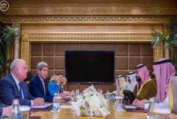 ولي ولي العهد يجتمع بوزير الخارجية الأمريكي