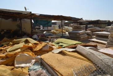"""""""التجارة"""" تغلق المقر الرابع لإنتاج مراتب الاسفنج الملوث في جدة"""