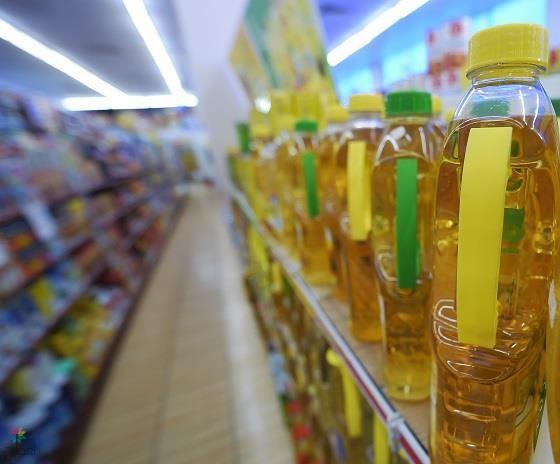 """""""الغذاء والدواء"""": إجراءات صارمة ضد بعض مستوردي زيوت الطعام لتضليلهم المستهلكين"""