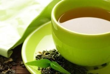 خبراء الأمراض السرطانية يحذرون من الافراط في تناول الشاي الأخضر