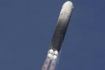أمريكا تختبر صاروخا باليستياً عابراً للقارات