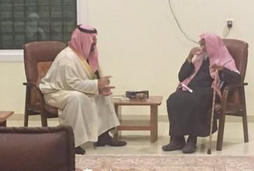 بالفيديو والصور .. الأمير محمد بن سلمان يزور الفوزان بمنزله