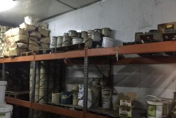 الغذاء والدواء تضبط 4500 كيلوغرام مخللات وبهارات فاسدة وسيئة التخزين بمنشأة غذائية بجدة
