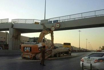 أمانة الرياض: نسعى لإصلاح جسر مشاة الحائر بأسرع وقت