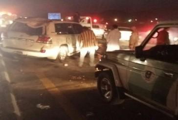 بالصور..إصابة 5 أشخاص في حادث تصادم بجازان