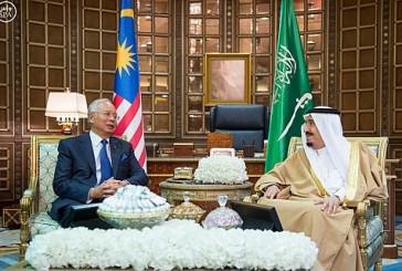 خادم الحرمين يعقد جلسة مباحثات رسمية مع دولة رئيس وزراء ماليزيا