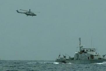 """""""التحالف""""تطلب من السفن غاطس ميناء الحديدة سرعة المغادرة لدخول السفن المنتظرة"""