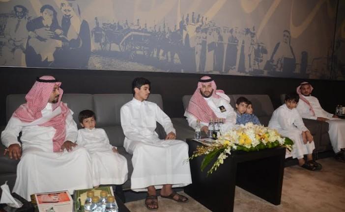 الأمير تركي بن محمد يكرم أسر شهداء الواجب بالمنطقة الشرقية