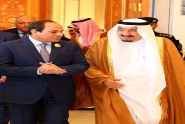 """الرئيس المصري يشهد ختام مناورات """"رعد الشمال"""" مع قادة الدول المشاركة"""