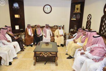 الأمير متعب بن عبدالله يؤدي صلاة الميت على أمير الفوج الـ 38 بالحرس الوطني