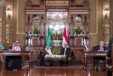 خادم الحرمين والرئيس المصري يشهدان توقيع 21 اتفاقية بين البلدين