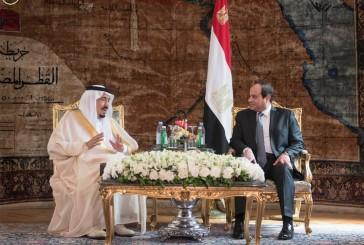 خادم الحرمين يعقد جلسة مباحثات ثنائية مع الرئيس المصري