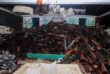 البحرية الأمريكية تعترض أسلحة من إيران في طريقها للحوثيين