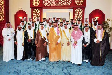 أمير المدينة يرعى حفل تخريج طلاب كليات ومعاهد الهيئة الملكية بينبع