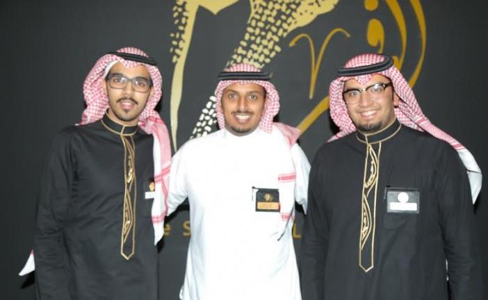 """( 230 ) شاباً وشابة يتطوعون لتنظيم معرض وفعاليات """"الملك فهد"""" في المنطقة الشرقية"""
