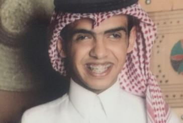 """بعد اختياره مذيعًا لمدينة الملك سعود""""الكفيف"""" الخبراني: دخلت الجانب الطبي كمذيع وأمنيتي أن كطبيب"""