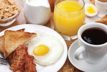 إنقاص الوزن : تناول وجبة فطور الصباح على فترتين يخفض الوزن
