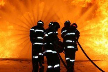 مدني جدة يسيطر على حريق بإحدى بنايات المنطقة التاريخية