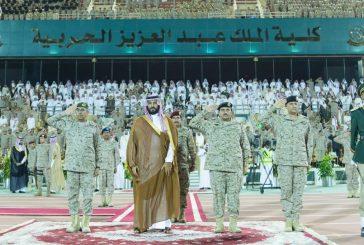 ولي ولي العهد يشهد حفل انضمام دفعة جديدة للقوات البرية الملكية السعودية