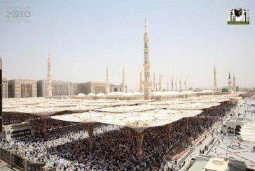 نص مليون يؤدون صلاة الجمعة الثالثة من رمضان في المسجد النبوي