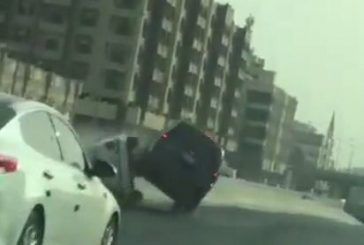 الإطاحة في مالك السيارة المتسببة بانقلاب مركبة بشكل متعمد بجدة