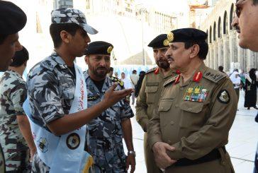 مدير الأمن العام يتفقد استعدادات قيادات الأمن العام لموسم العمرة