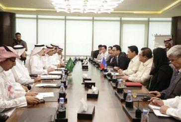 وزير العمل والتنمية الاجتماعية يلتقي نظيره الفلبيني ويبحث أوضاع العمالة في المملكة