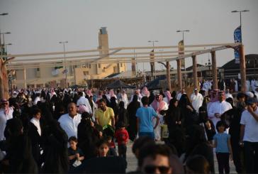 108 آلاف زائر لسوق عكاظ في ثلاثة أيام
