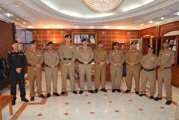 مُدِير شرطة المدينة المنورة يُقلد عدد من ضباط  شرطة المنطقة رتبهم الجديدة