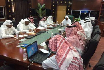 مدير تعليم المخواة يترأس اجتماع لجنة الاستعداد للعام الدراسي