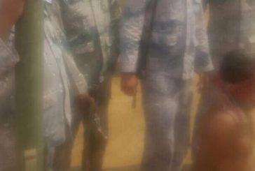 """""""حرس الحدود"""" يأسر حوثيين حاولوا التسلل وبحوزتهم قذائف وصاروخ حراري"""
