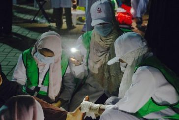 المتطوعون من أبناء المملكة يقدمون أروع صورة إنسانية لخدمة ضيوف الرحمن