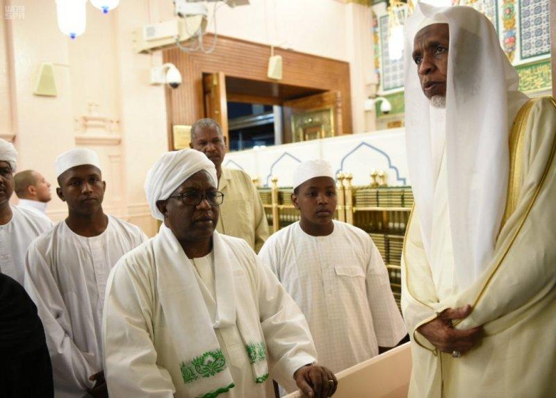 نائب رئيس جمهورية السودان يزور المسجد النبوي