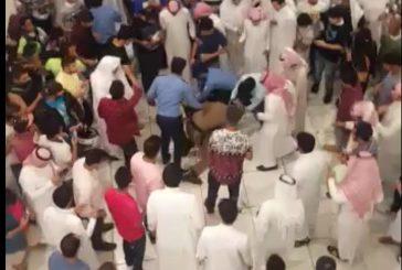 شرطة الشرقية توضح تفاصيل مقطع القبض على شاب بمجمع تجاري بالخبر