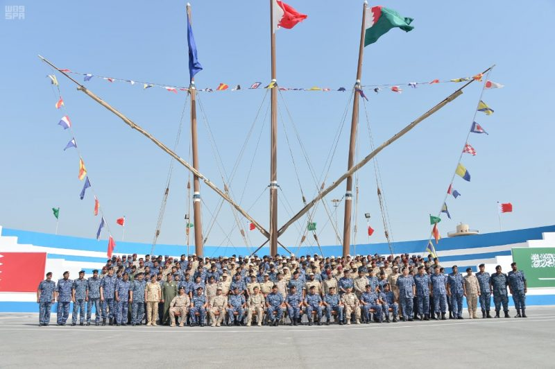 وصول سفن القوات البحرية السعودية وقوات الأمن البحرية الخاصة إلى ميناء قاعدة سلمان البحرية بالبحرين