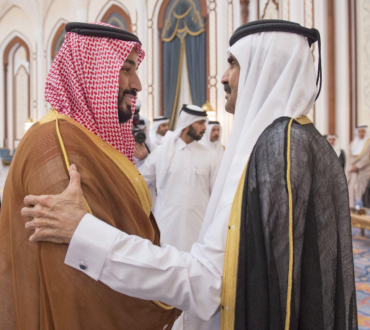 #ولي_ولي_العهد يعزي الشيخ حمد بن خليفة وأمير #قطر في وفاة الشيخ خليفة بن حمد آل ثاني – رحمه الله –