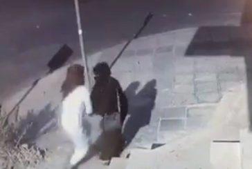 الشرطة تضبط حرامي اعتدي على مواطنه بالقريات (فيديو)