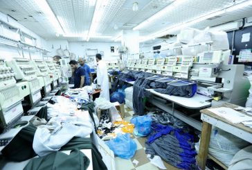 """""""التجارة"""" تضبط عمالة تغش المستهلكين وتسوق الملابس الرياضية المقلدة في الرياض"""