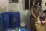 #شرطة_الدمام تضبط مصنع للخمور يديره وافد وتُطيح بـ44 مخالف بينهم نساء