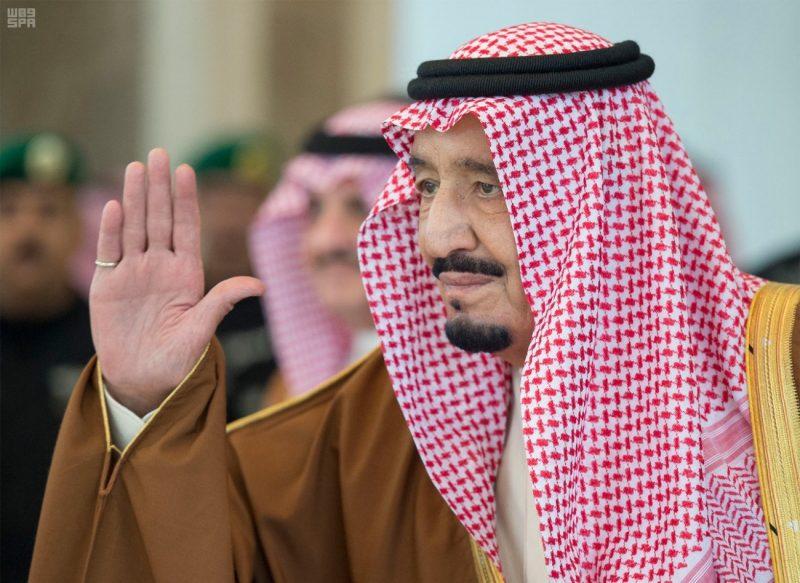 خادم الحرمين الشريفين يتسلم دعوة من ملك مملكة البحرين