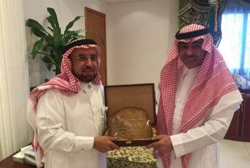الرئيس التنفيذي لشركة الصحراء للبتروكيماويات يزور محافظ الجبيل