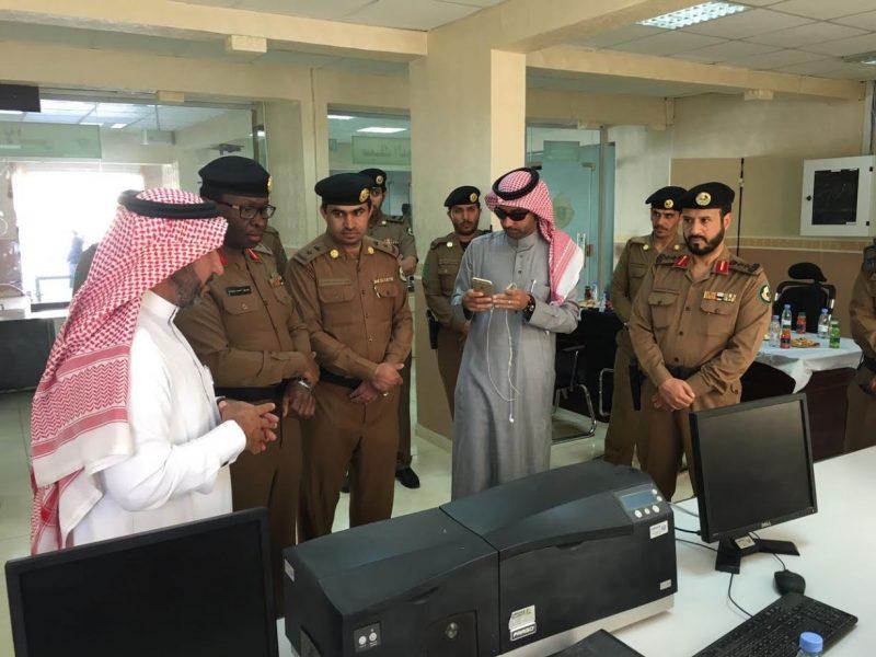 مرور الباحة يدشن خدمة توصيل الوثائق المرورية