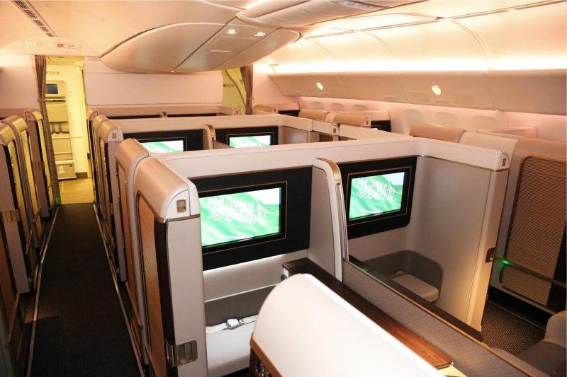 طائرة الأجنحة الجديدة للدرجة الأولى تبدأ رحلاتها المجدولة من الرياض إلى باريس