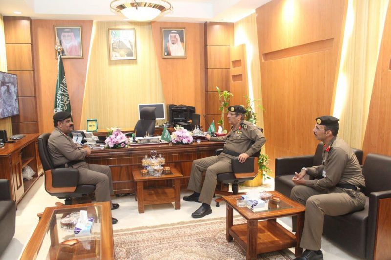 قائد المركز الوطني للعمليات الامنية يستقبل مدير شرطة منطقة مكة المكرمة بمقر عمليات ٩١١