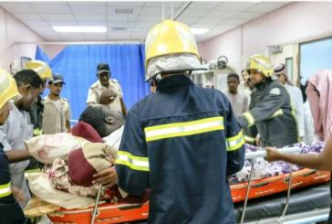 الدفاع المدني ينقل مصاباً يزن 280 كيلو للمستشفى بعد عجز الإسعاف عن نقله